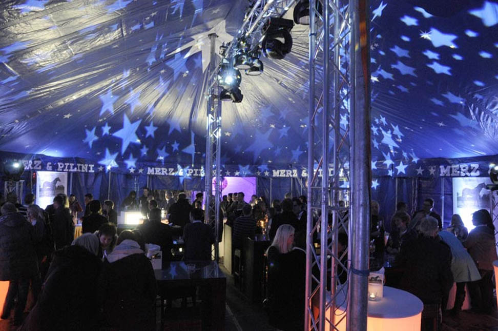 Circuszelt 11 x 17 Meter Innen - Dekobeispiel_Paschke_Promotion